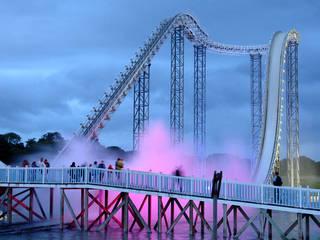 Drenched stimmungsvoll illuminiert © Oakwood Theme Park